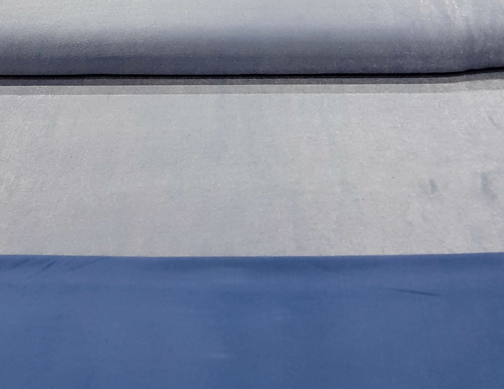 denimtricotijsblauw