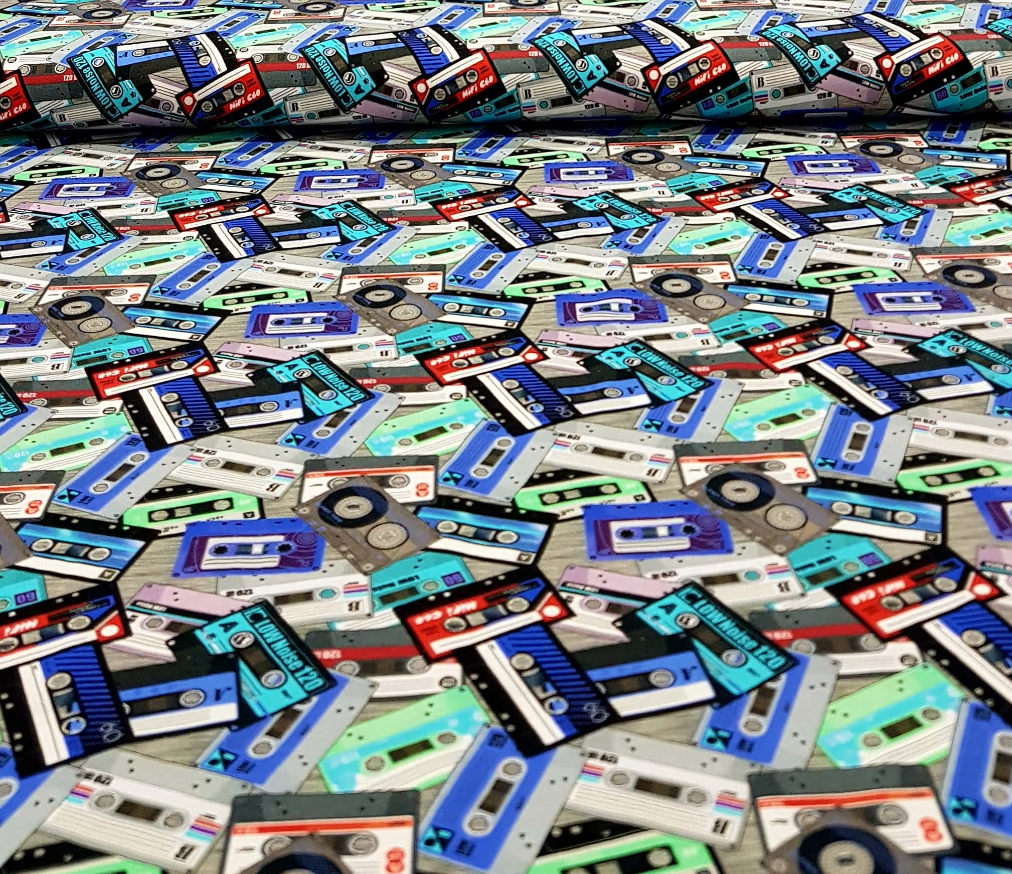 digitaletricotgekleurdecassettebandjesblauwmint-min